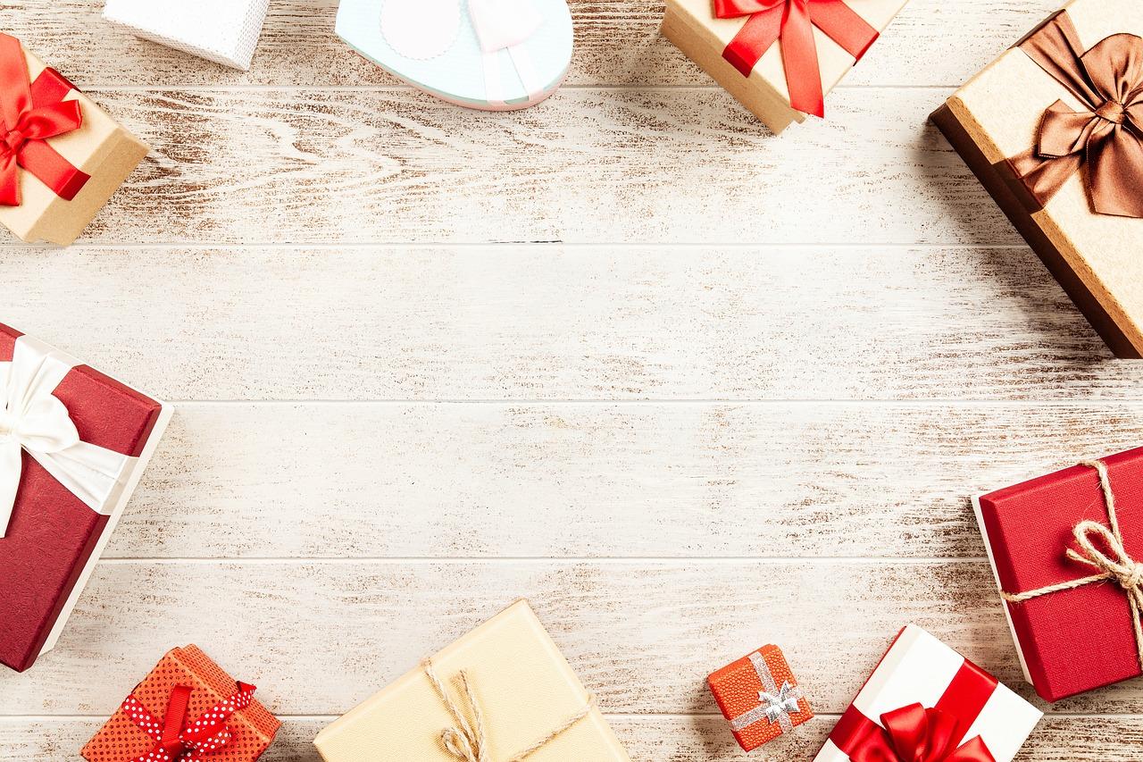 Comment faire le bon choix en boites cadeaux vides pour commerçants ?